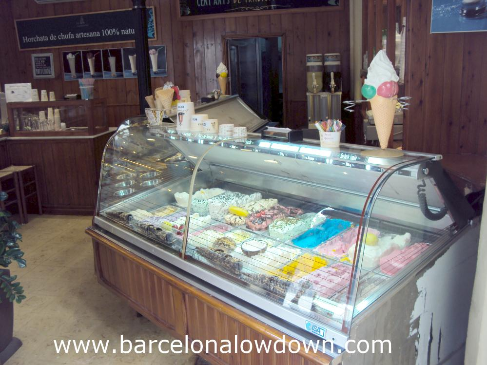 Freezers with 40 flavours of ice cream